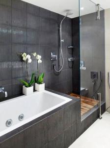 Combiner douche et baignoire, alignement douche baignoire - Nantes 44