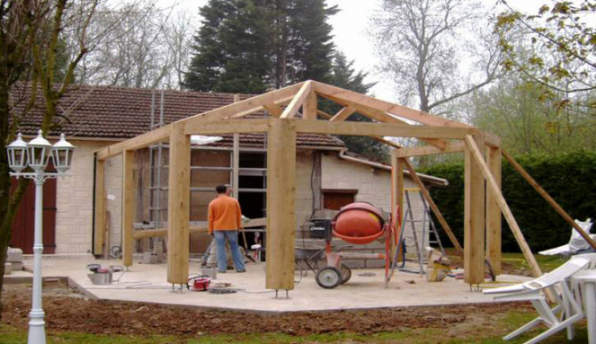 Véranda extension bois en cours de construction - Nantes 44